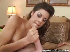 Beautiful latina babe in stockings blowjob sucking