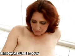 Honry brunette fisting hairy pussy granny