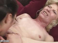 Lesbian milf and young chick lick each other off