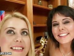 Melanie memphis tries to fuck a fist