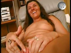 Milf lets a guy play with her pussy and sucks dick