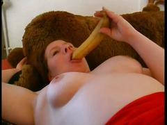 Big busty babe loves bannana dildo