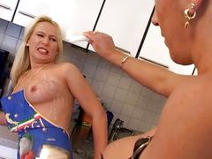 Sex mistress pours hot wax on blondie slave!