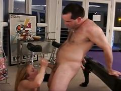 Sweet dick plug into young blonde