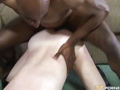 Mature babe loves black cock !