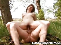 Nasty granny bessie goes for filthy old cock outdoors