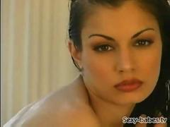 Aria giovanni in bath anthocyan