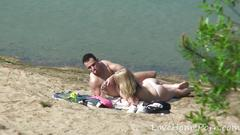 Young couple loves fucking at the beach