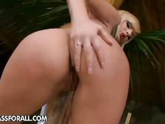 Gorgeous blonde babe extreme pussy pleasures