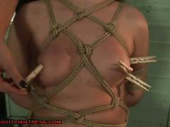 Mistress takes control in the lockeroom