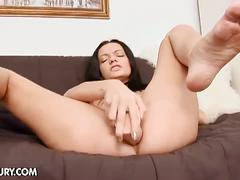 Horny brunette noir solo pussy and ass playing
