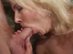 Beauty blonde milf takes on a young boy the texas way.
