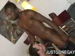 Black dick gets sucked by white dude
