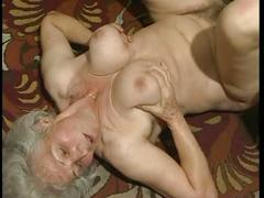 The mature babe fucked in her pussy.