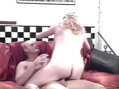 Pregnant milf get hard fucked by a young hard cock on the coach