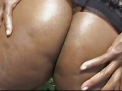Massive tits bubble butt ebony slut down for monster black boner