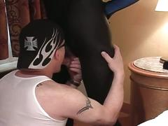 Older stud gives sexy deepthroat blowjobs
