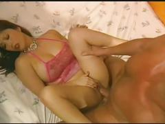 Extreme hardcore sex-a gorgeous babe get fucked by a big cock .