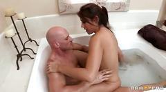 Raylene fucks in the bathtub