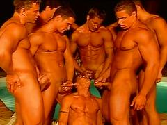 Bodybuilder hunks have hot orgy