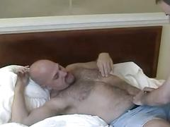 Amateur hairy daddy bears furiouly stretching their tight holes