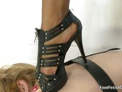 Imani rose gets feet worshipped and her soles covered in cum