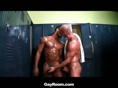 Locker room cum thirst as muscled gay hunks fucking tight holes