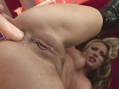 The blonde milf fingering and toying herself into both pussy and ass