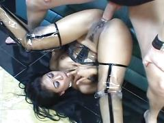 Amateur sex movie with an asian slut and she fucked by a hard dick