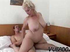 Horny mature vubado couple sex !!