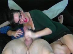 Sexy milf gives an awesome handjob
