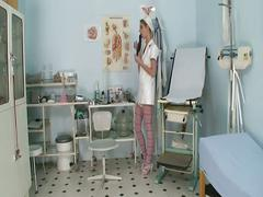 Nurse babe loves cock pumping for this big hard doctor cock