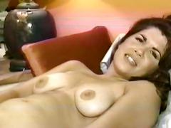 Amateur brunette sucking cock and getting her pussy played