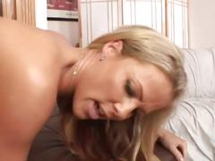 Mommy kayla synz likes to get fucked from behind