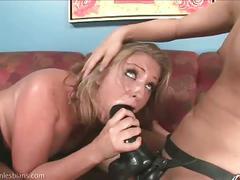 Huge dildo strapon lesbian sex