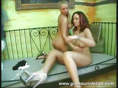 Naked lesbians showing their body !