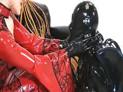 Total enclosure in extreme rubber