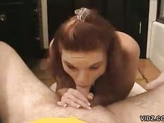 Dazzling bimbo sucks a cock perfectly
