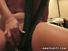 Amateur brunette girlfriend in hardcore sex