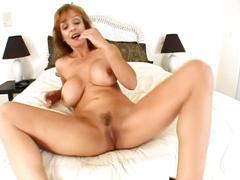 The busty slut get fucked by a stiff dude