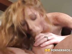 Young blonde coeds gets fucked by a hard dick !