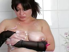 matures, milfs, showers