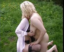 Horny chubby lesbians