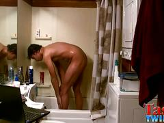 Tristan hollister solo shower wanking
