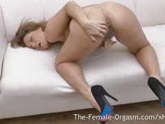 Milf masturbates to big pussy contracting orgasm at 9:46