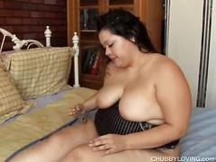 Fat latina goes solo with fingers and toys