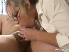 Horny milf secretary giving plesure to her boss.