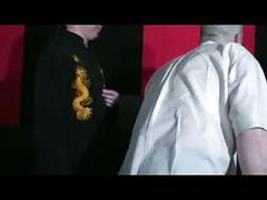 Casting d'une belle petite salope ( fist et anal)