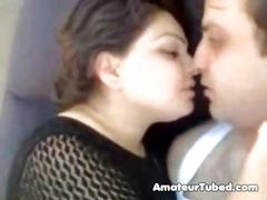 Sexy amateur arab kissing and get fucked
