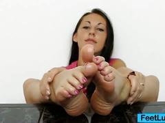 Claire's sexy bare feet